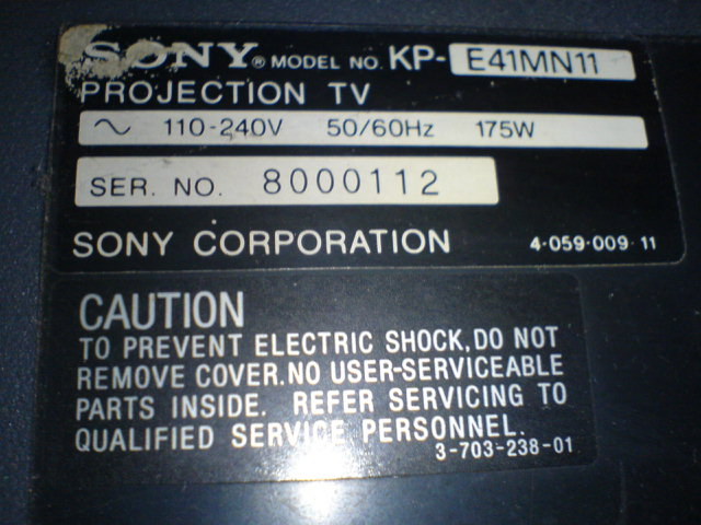 Projection Televisi Sony KP E41MN11