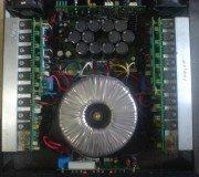 tampilan atas Power amplifier Orino