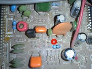 Mainboard Televisi Polytron/ lingkaran merah Output untuk H sync
