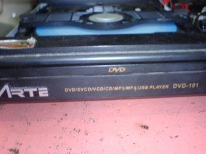 Model DVD Player Arte