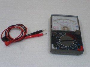 multitester-peralatan-servis-elektronik-300x225