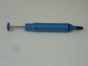 sedotan-timah-peralatan-servis-elektronik-300x225
