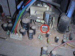 mainboard televisi Sharp/ Lokasi kerusakan dengan tanda lingkaran merah