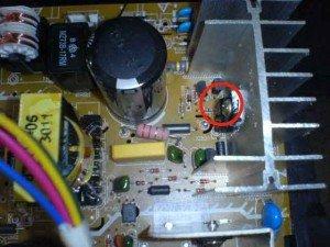 Mainboard-tv-Polytron-power-supply-area